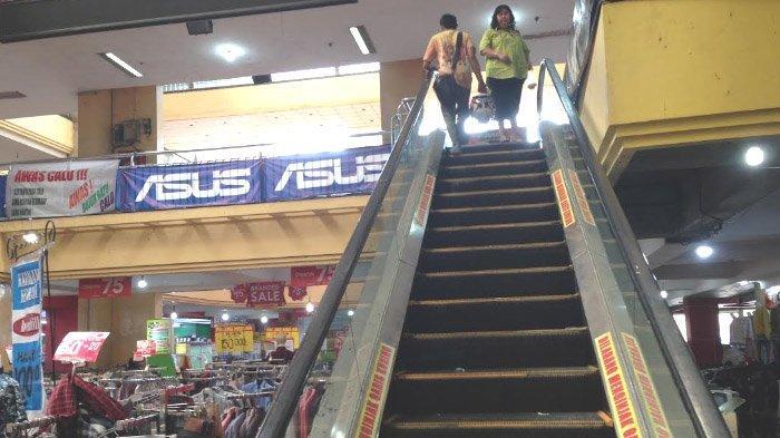Penyebab Para Pedagang It Di Eks Hi Tech Mall Surabaya Tak Bisa Lagi Order Online Surya