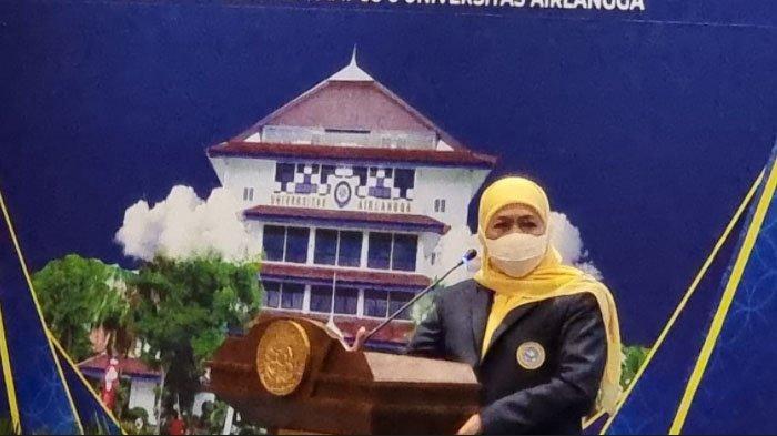 Lantik Pengurus Pusat IKA Unair 2021-2025, Gubernur Khofifah Ajak Alumni UNAIR Perkuat Sinergi