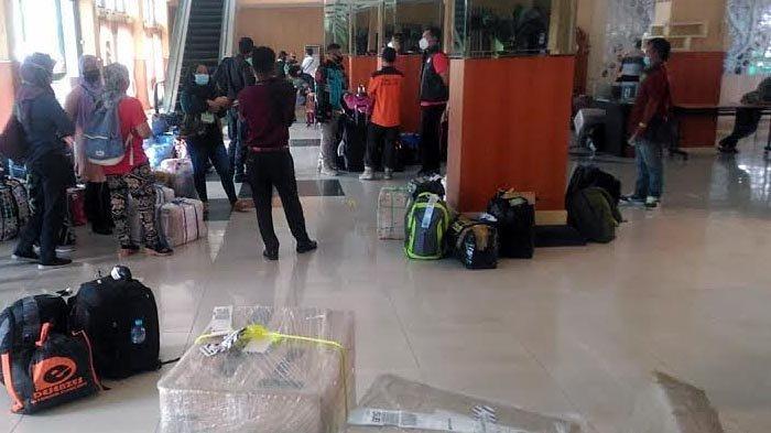 Puluhan Pekerja Migran Sudah Tiba di Jember, Wajib Karantina Mandiri Diawasi Satgas