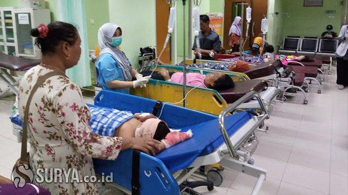 Pulang dari Hajatan di Malang, Mobil Rombongan Warga Sendang Tulungagung Terguling, Kondisi Korban