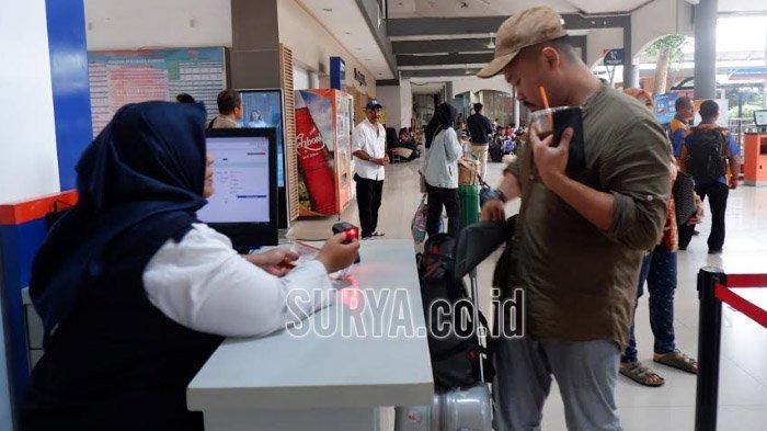 Paling Banyak Diburu Calon Penumpang KA di Daop 8 Surabaya, Tiket H-3 dan H+2 Lebaran