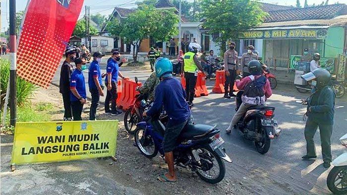 Info Mudik Surabaya: Daftar Titik Penyekatan & Sanksi, Polisi Mojokerto Berlakukan Sistem Satu Arah