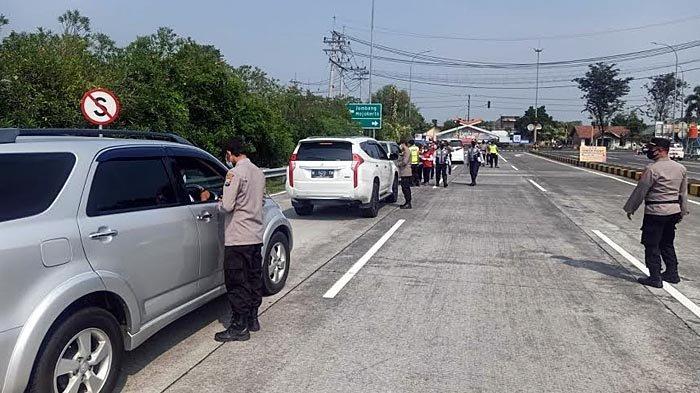 Info Larangan Mudik di Jatim, Traffic Tol Jombang - Mojokerto Mengalami Penurunan