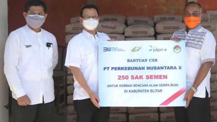 PTPN X Salurkan Bantuan 250 Sak Semen untuk Korban Gempa di Kabupaten Blitar
