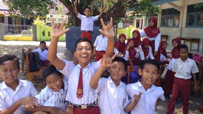 BOS SD/SMP di Surabaya Triwulan IV Cair, Sekolah segera Bayar Utang