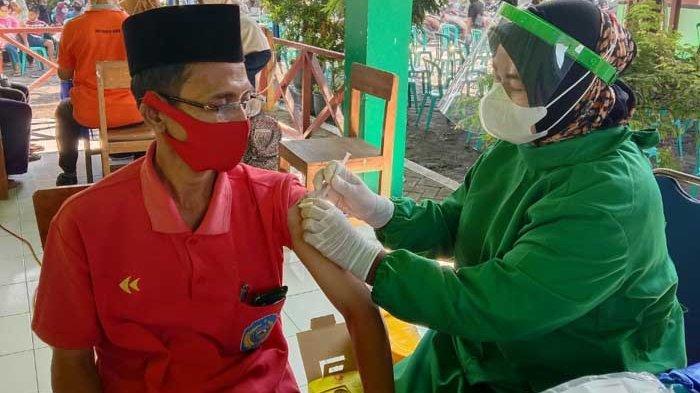 Tim Imunisasi Puskesmas di Nganjuk Turun ke Desa Demi Percepat Vaksinasi Covid-19