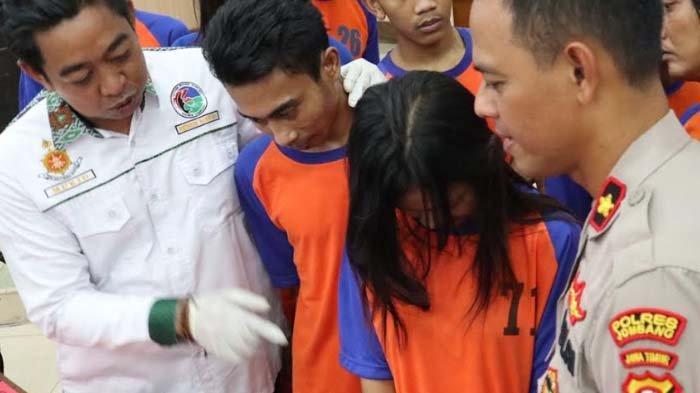 Perempuan Muda di Jombang Rela Disetubuhi Bandar demi Sabu-sabu