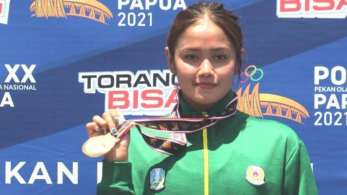 Perenang Putri Jatim Persembahkan Emas di Nomor  5000 Meter Perairan Terbuka