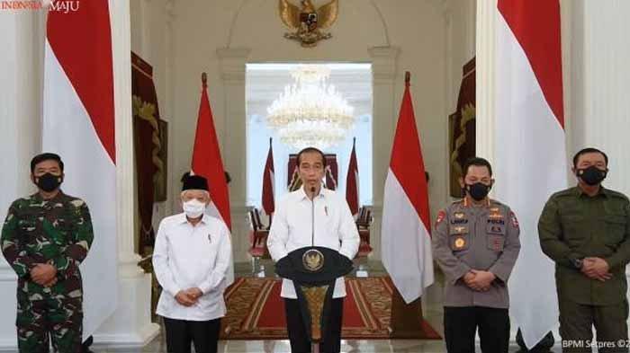 Presiden Jokowi memberikan keterangan terkait Gugurnya Prajurit KRI Nanggala-402 dan Kabinda Papua.