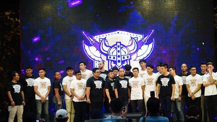 BBM CLS Knight Indonesia Perkenalkan 18 Pemainnya Jelang Thailand Basketball Super League