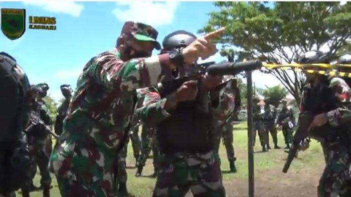 Pernah Basmi KKB Papua, Jenderal dari Kopassus I Nyoman Cantiasa Ajari Pasukan Bertempur: Kau Sikat