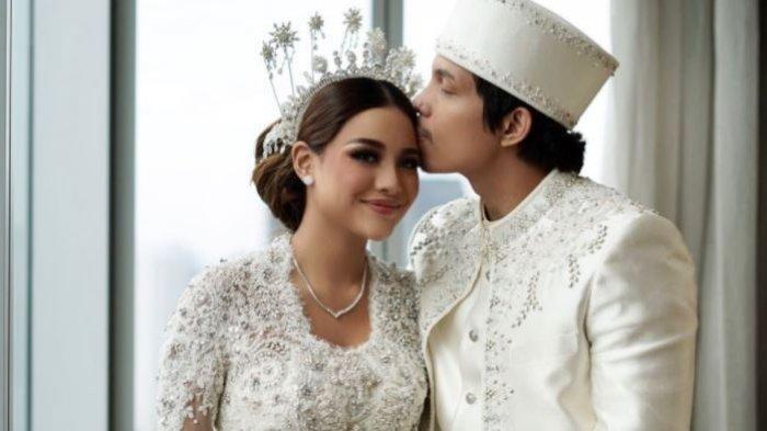Foto pernikahan Aurel Hermansyah dan Atta Halilintar