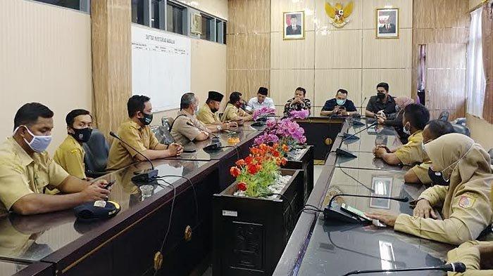 Mengenaskan, Ribuan Perangkat Desa di Jember Lima Bulan Belum Gajian, PPDI Wadul ke Komisi A
