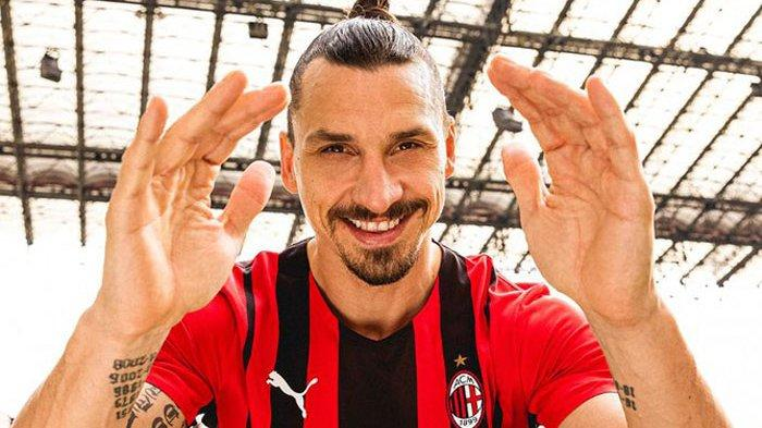 Pesan Khusus Bomber AC Milan Ibrahimovic ke Donnarumma Setelah Italia Rebut Juara EURO 2020