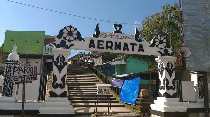 Pesarean Aer Mata Makam Kerajaan Madura Di Desa Buduran Kecamatan Arosbaya Kabupaten Bangkalan Surya