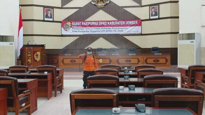 Ketua Komisi C Positif Covid-19, DPRD Jember Jadwal Ulang Kegiatan Dewan