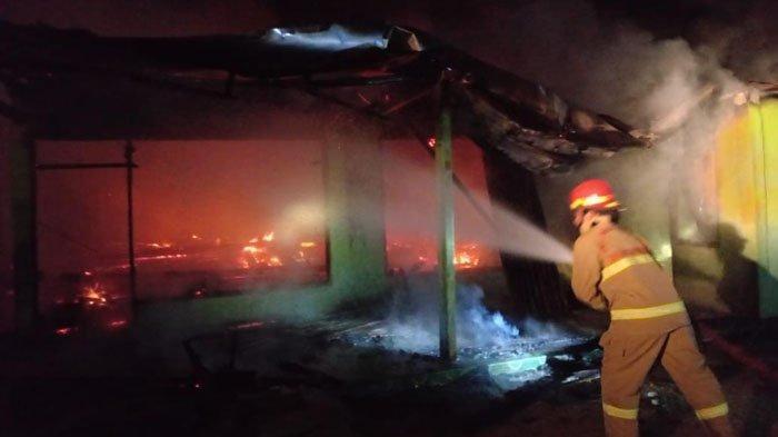 Dua Rumah Warga Kabupaten Bojonegoro Ludes Terbakar, Kerugian Capai Rp 600 Juta Lebih