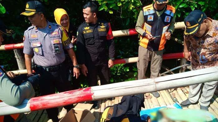 Mayat Bayi Tanpa Tangan dan Kaki Ditemukan Mengapung di Sungai Kawasan Hutan Mangrove Surabaya