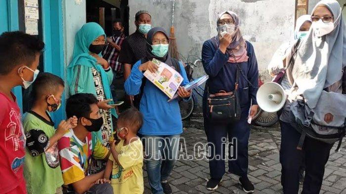 Kelurahan Pacarkembang Kota Surabaya Gelar Sosialisasi Covid-19, Pakai Dua Bahasa Ini