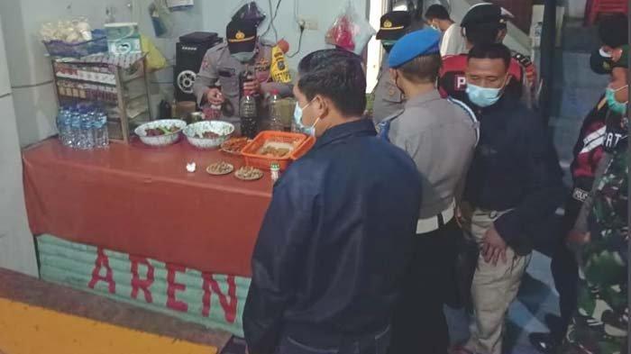 Nekat Jual Miras di Bulan Suci Ramadan, Warkop di Lamongan Digeruduk Warga