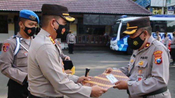 Ungkap Kasus Pil Double L, Polsek Sukun Diganjar Penghargaan dari Polresta Malang Kota
