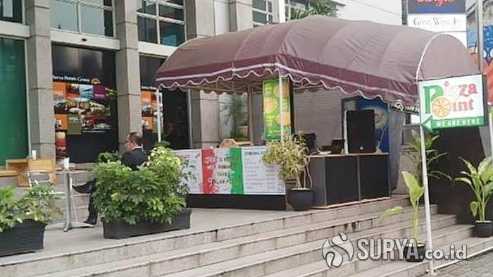 Okupansi Menurun Selama Pandemi, Karyawan Hotel Berbintang di Kediri Jualan Pizza di Trotoar