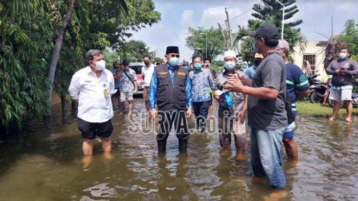 Banjir Masih Mengepung 11 Titik di Kabupaten Sidoarjo, Pemerintah Siapkan Lokasi Pengungsian