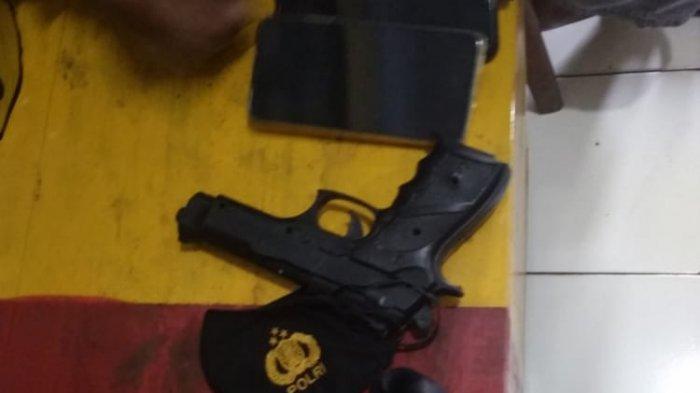 Kisah Aipda Jhonatan di Papua, Lawan 2 Pemuda yang Rebut Senpi, Lumpuhkan Pelaku Meski Tertikam