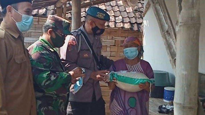 PPKM Darurat, Bantuan Sosial Digelontor Hingga Desa-desa di Kabupaten Gresik