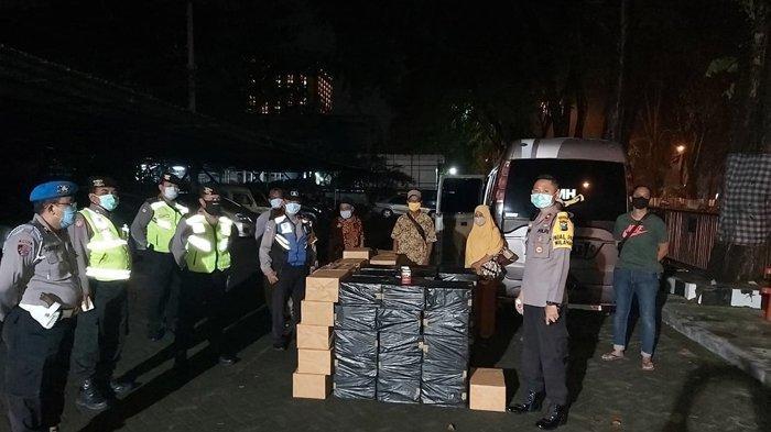 Polisi Gagalkan Pengiriman Rokok Tanpa Cukai saat Melintas Depan Pos Raya Rungkut Industri Surabaya