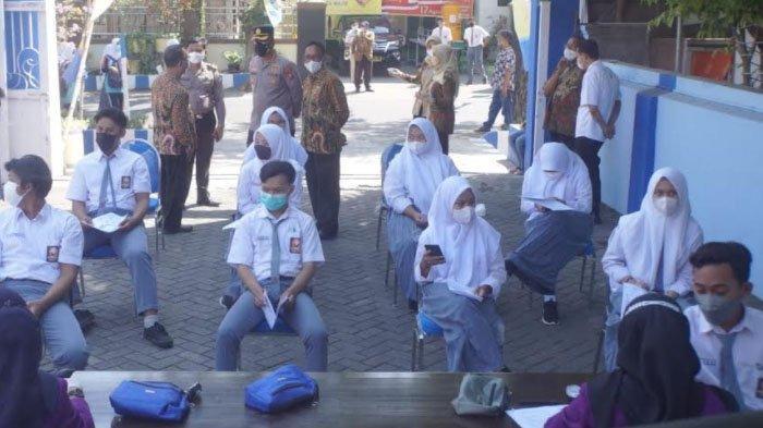 Dua Hari Pelaksanaan PTM di Kabupaten Sidoarjo, Banyak Siswa yang Maskernya Melorot