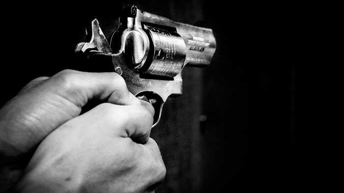 Polisi Teror Pejabat Kejari Manokwari, Lepas Tembakan di Depan Rumah, Kapolres: Trimakasih Infonya