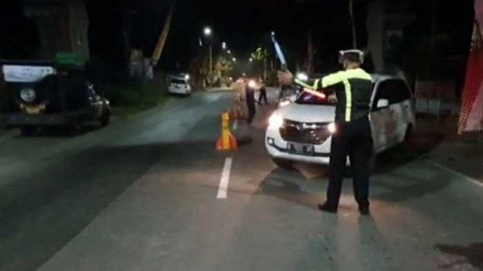 Hasil Razia di Pos Penyekatan Udanawu Blitar Sebanyak 6 Mobil Luar Kota Disuruh Putar Balik