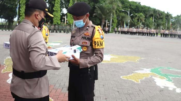 Polres Gresik Sebar Ribuan Personel Gabungan Jaga TPS jelang Coblosan Pilkada Gresik 2020