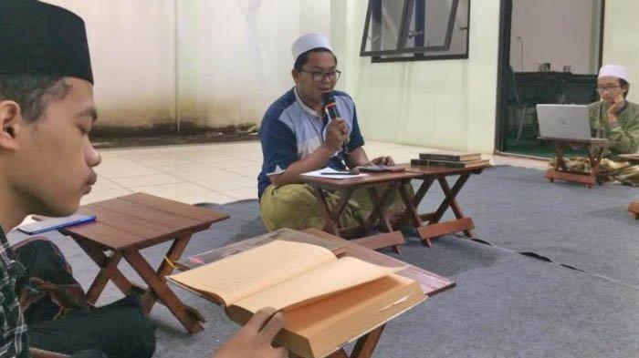 Musyawarah Pagi di Pondok Pesantren Masjid Agung Jami' Malang untuk Tingkatkan Literasi