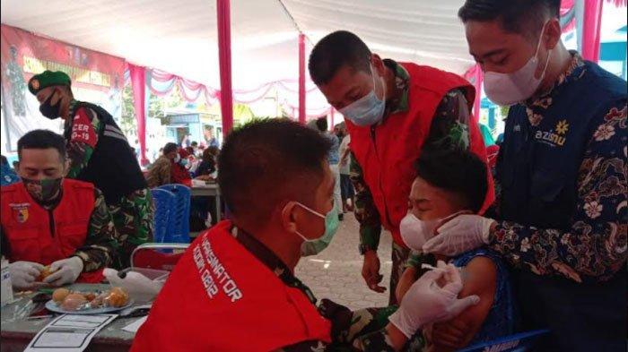 Kodim 0812 Gelar Vaksinasi Covid-19 di Ponpes Muhammadiyah Karangasem Paciran Lamongan