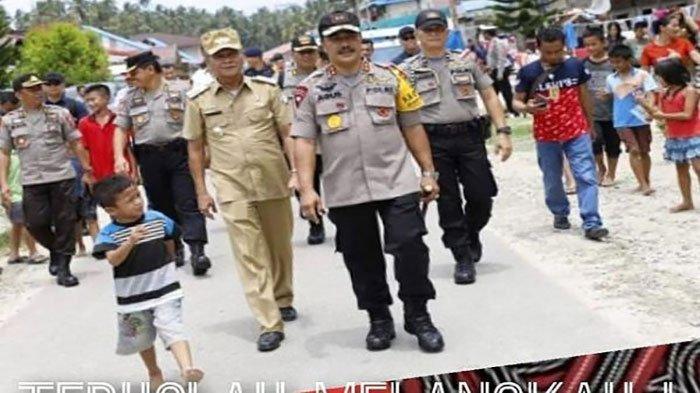 Potret Bocah Bertelanjang Kaki Jalan Bareng Jenderal Bintang 2 Viral di IG, Captionnya Menggelitik