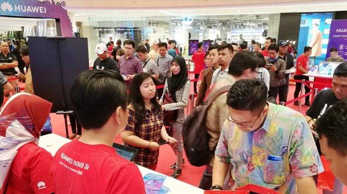 Huawei Gelar Pre Order dan Pre Sale Huawei Nova 3i di Tunjungan Plaza Surabaya