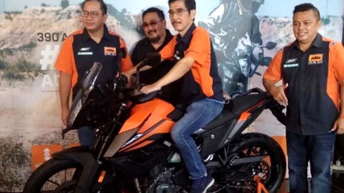 Motor Sports KTM 390 Hadir di Surabaya Cocok Buat Adventure
