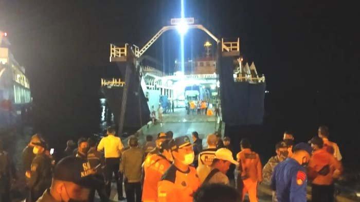KMP Yunicee Tenggelam di Perairan Bali, 41 Penumpang Selamat Dievakuasi ke Pelabuhan Ketapang