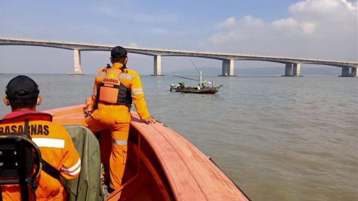 4 Fakta Anggota TNI Terjun dari Jembatan Suramadu Tinggalkan 4 Anak, Curhat: Papa Gagal Jadi Imam