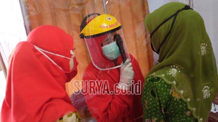 Operasi Katarak Gratis untuk 100 Perempuan Lansia di Kabupaten Trenggalek