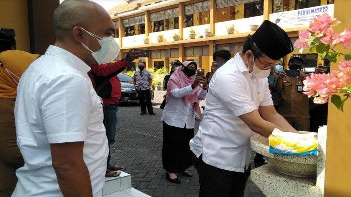 Berkaca Booming Kasus Covid-19 Juli, Bupati Bangkalan Berharap PTM di Sekolah Tak Sulut Klaster Baru
