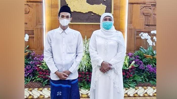 Hafiz Asal Jatim Terpilih Jadi Imam Masjid Besar di UEA, Gubernur Khofifah Titip Pesan Seperti Ini