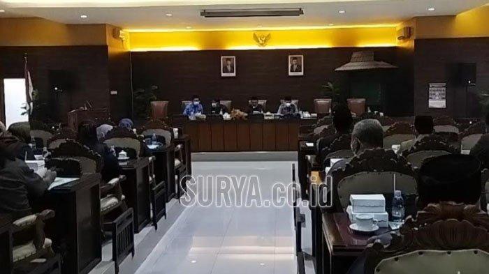 DPRD Kabupaten Nganjuk Terima Jawaban Hak Interpelasi Dari Plt Bupati Nganjuk