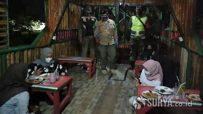 Langgar Prokes Selama PPKM, 28 Tempat Usaha di Trenggalek Disanksi