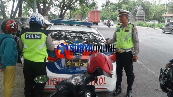 Razia 2 Jam di Cerme Gresik, Polisi Tilang 105 Kendaraan