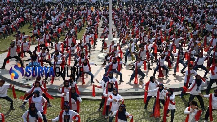 Galeri Foto Flashmob Tari Remo Milenial Unesa