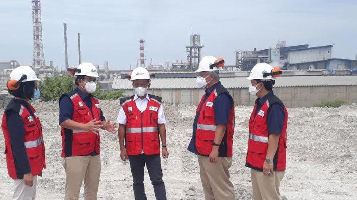 Percepat Pembangunan Pabrik Soda Ash, Menteri Investasi Tinjau Lokasi Lahan di Kabupaten Gresik