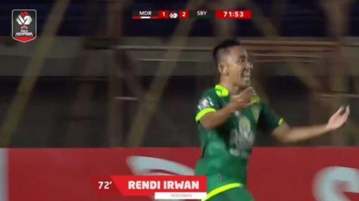 Madura United vs Persebaya Surabaya 1-2 , Bajul Ijo Bertengger di Puncak Klasemen